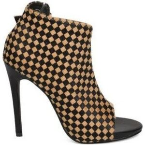 C Label Olive-6B Open Toe Checkered